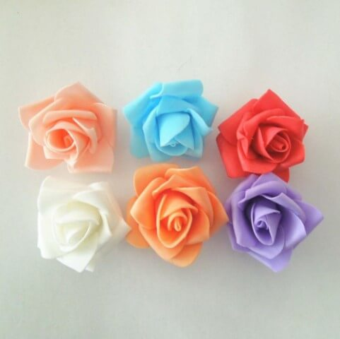 Flores de EVA pequenas coloridas