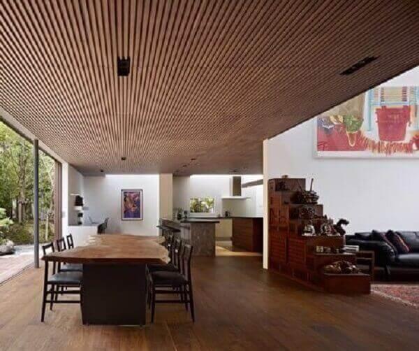 Forro de madeira em varanda