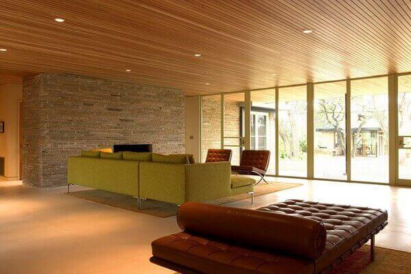 Forro de madeira para salas grandes