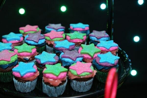 Decore os cupcakes de forma criativa