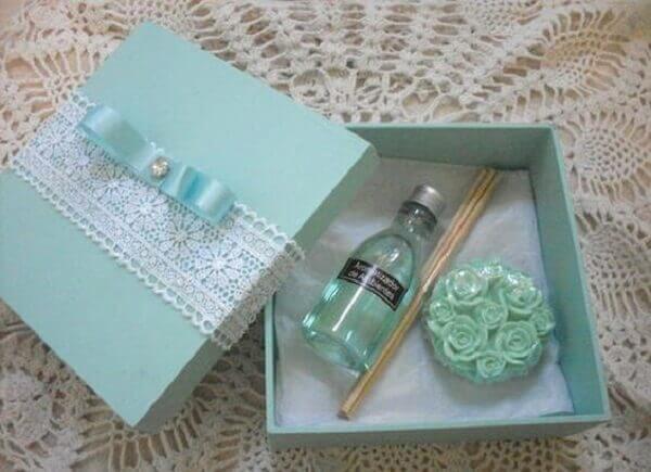 Lembrancinhas de 15 anos aromatizador e perfume