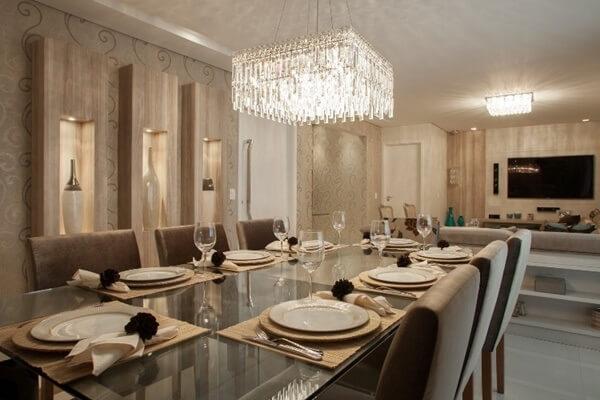 Lustres para sala de jantar ampla
