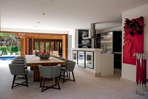 Mesa para sala de jantar em madeira