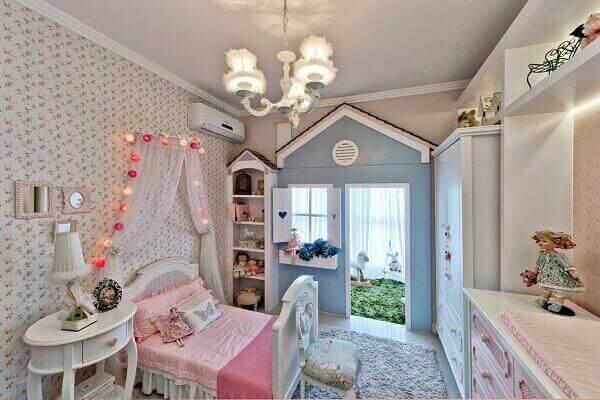 Modelos de quartos de menina com casinha de bonecas