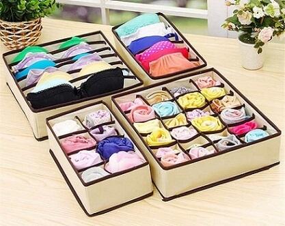 Organizador de gavetas com calcinhas e sutiãs