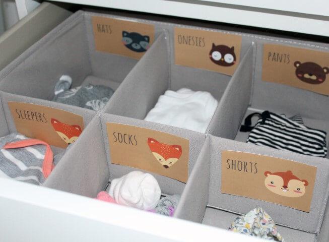 Organizador de gavetas em quarto de bebê
