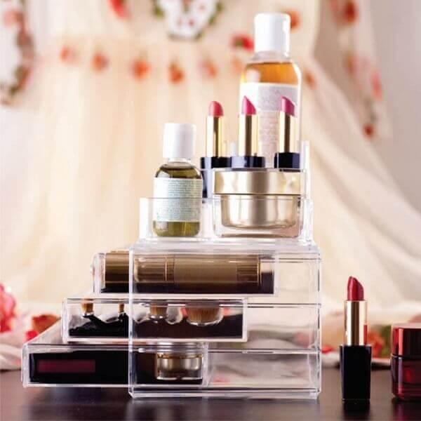 Organizador de maquiagem com gavetas