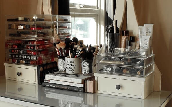 Organizador de maquiagem para quarto