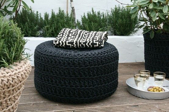 Puff de pneus alto preto Foto de Pinterest