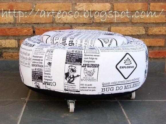 Puff de pneus com estampa de jornal Foto de Pinterest