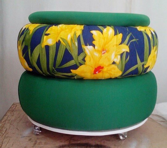 Puff de pneus verde e florido Foto de Pinterest