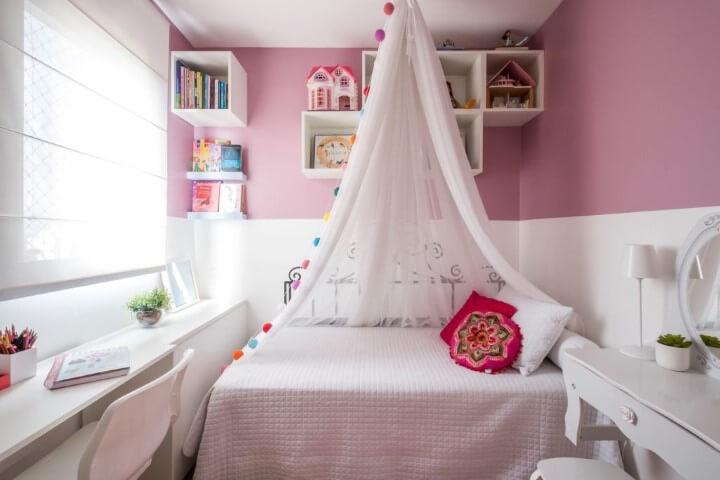 Quarto de menina com tons de rosa e branco Projeto de SP Estúdio
