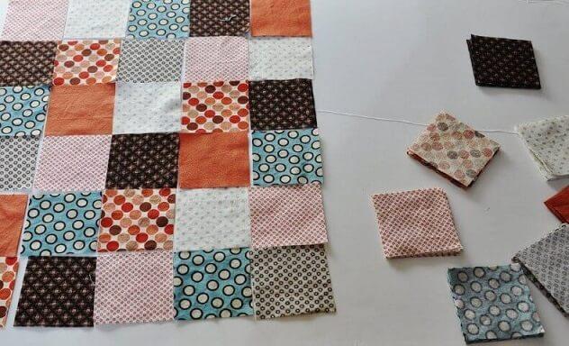 Retalhos de estampas diferentes para fazer patchwork