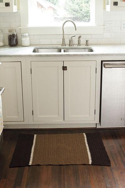 Tapete de crochê para cozinha em tons de marrom Foto de Knit Picks