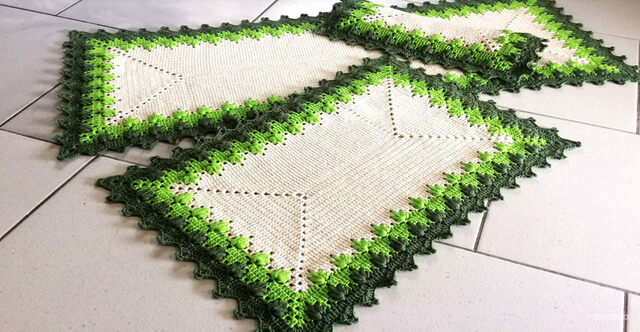Tapete de crochê para cozinha - tapetes verdes e bejes