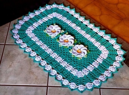 Tapete de crochê para cozinha verde com flores brancas Foto de Pinterest