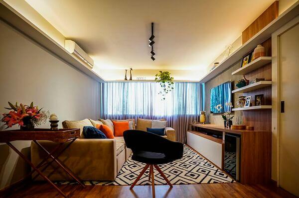 Tapetes na decoração e almofadas