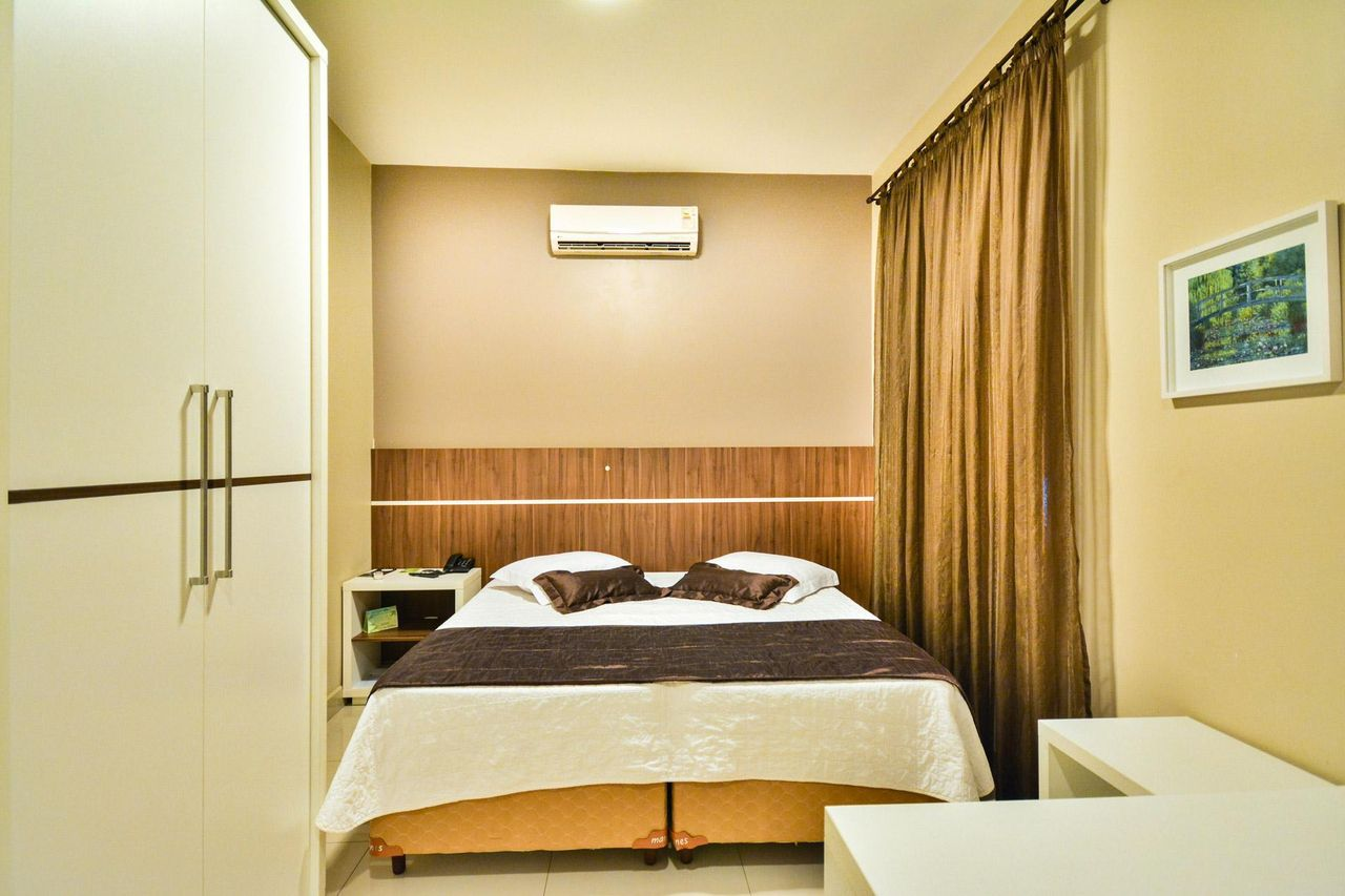cama box - quarto de casal com cama box bipartida