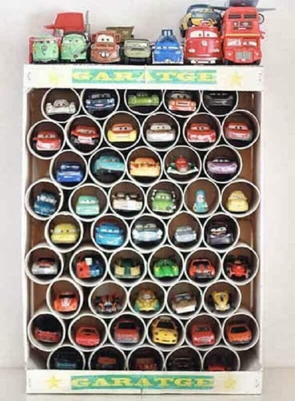 como organizar brinquedos no quarto com canos de PVC Foto Pinterest