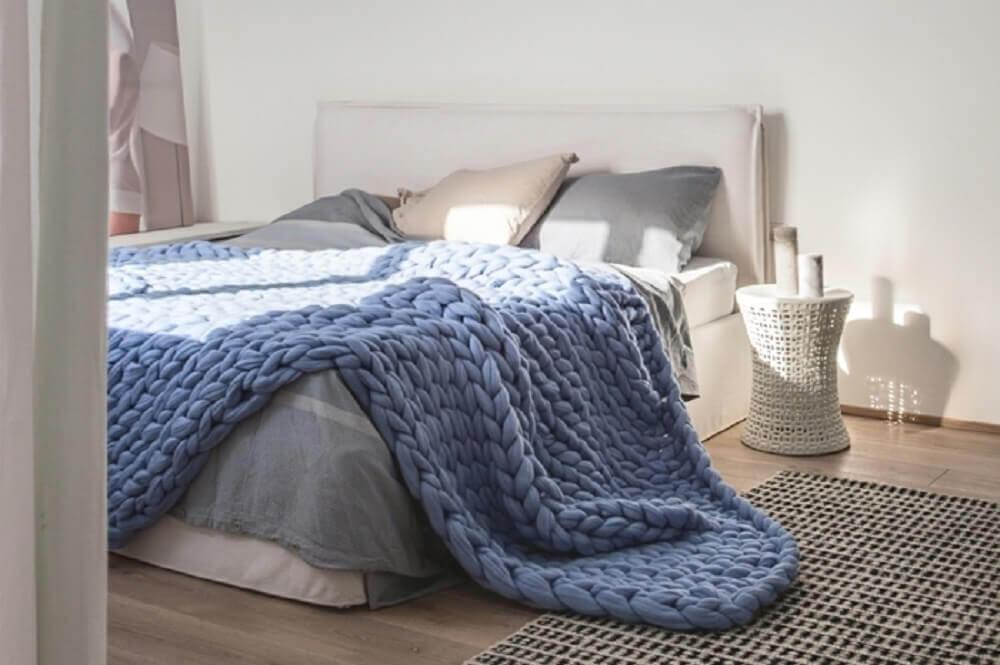 decoração hygge para quarto com tricô gigante sobre a cama Foto Pinterest
