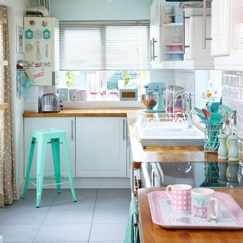 decoração para cozinha retrô pequena e simples