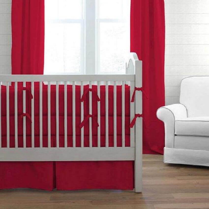 decoração para quarto de bebê vermelho e branco - Foto baby bedding