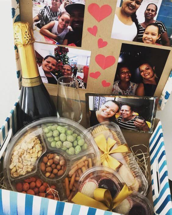 Festa na caixa com chandon e comidas práticas para celebrar com a família