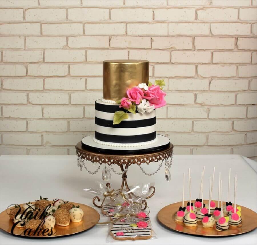 ideia de decoração para festa de 15 anos simples