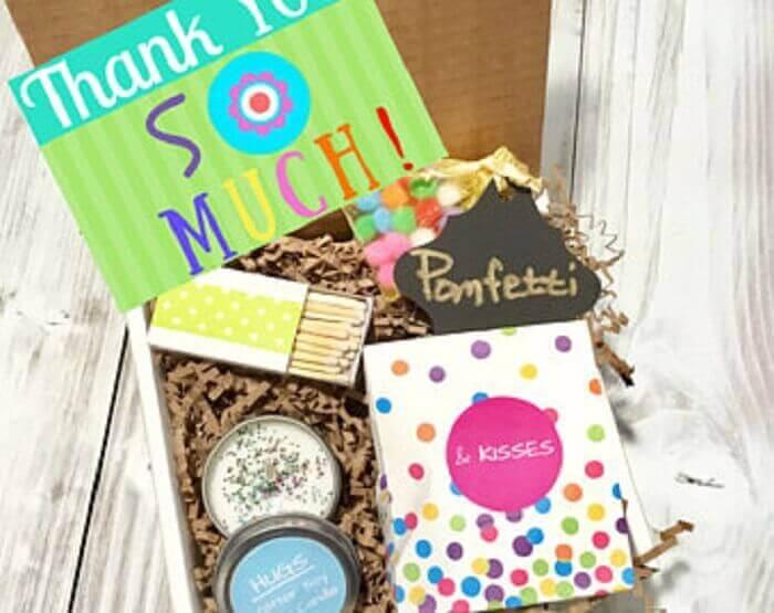 ideias de decoração para festa na caixa simples - Foto Etsy