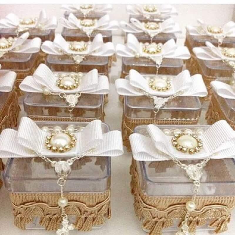 lembrancinhas com caixinha de acrílico decorada Foto Pinterest