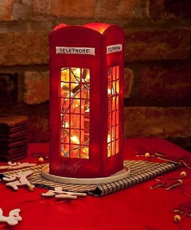 luminária feita de caixa decorada  Foto Paperblog