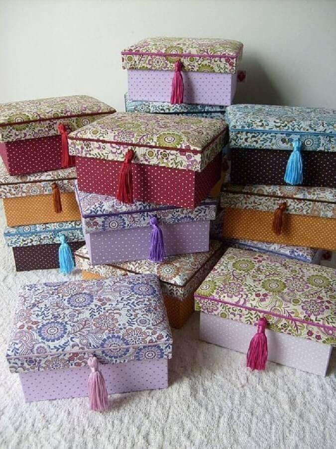 modelos de caixas decoradas com tecidos estampados  Foto Pinterest