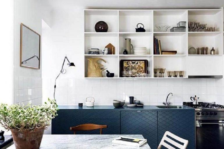 nichos para decoração de cozinha azul e branca