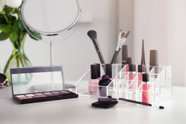 Modelo de organizador de maquiagem para bancada