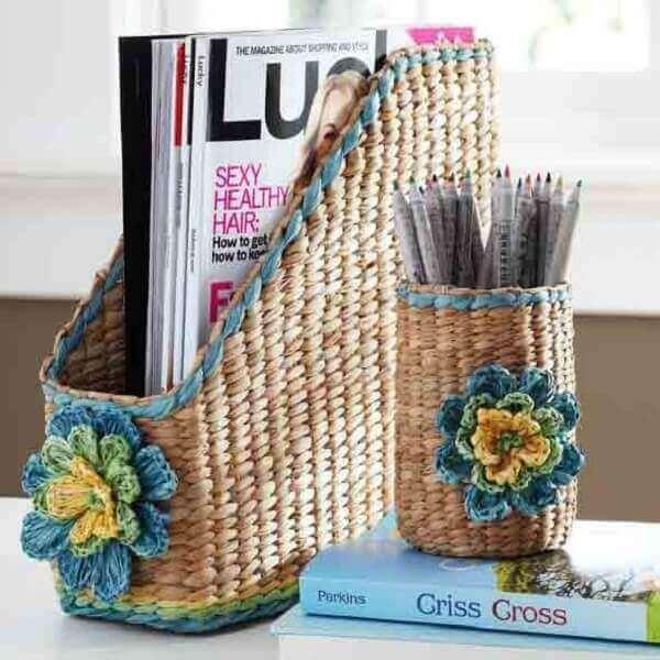 Artesanatos em geral cestinhas para lápis e revistas