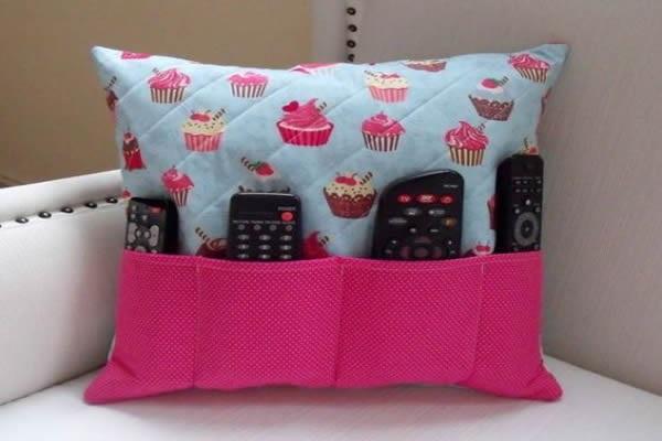 Artesanatos em geral com tecido para decorar sofás