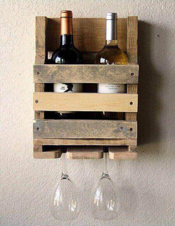 Artesanatos em geral de madeira para colocar na parede