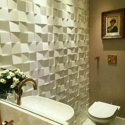 Banheiro com parede de gesso 3D em formato de cubos Foto de OLX