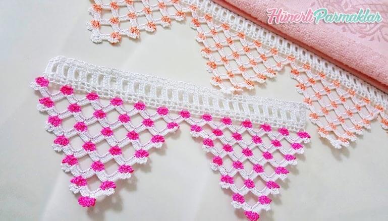 Bico de crochê com florzinhas em toalha Foto de Hunerli Parmaklar