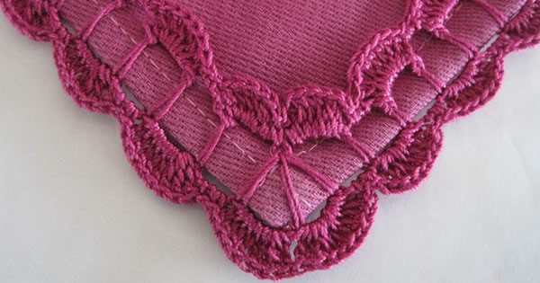 Bico de crochê para tapete em tons de roxo Foto de Revista Artesanato