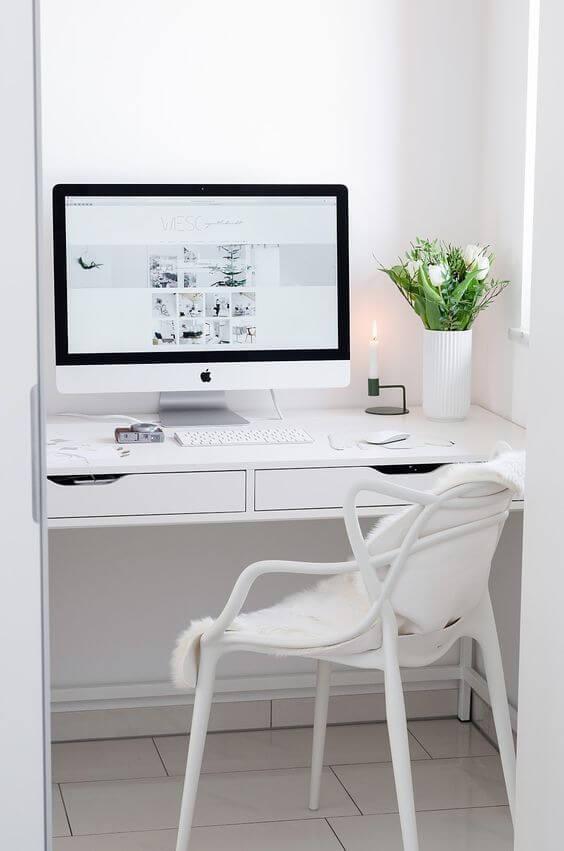 Cadeira allegra branca para escritorio com escrivaninha da mesma cor