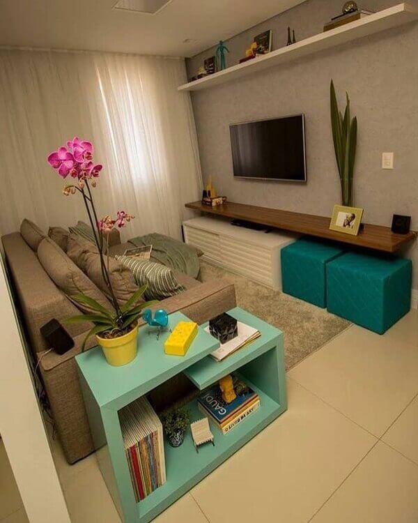Como decorar uma sala simples no apartamento