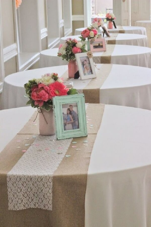 Simple and delicate engagement decoration with portrait door