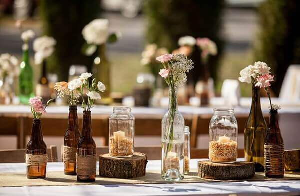 Engagement decoration with flower vases