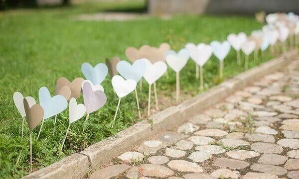 Engagement decoration of hearts