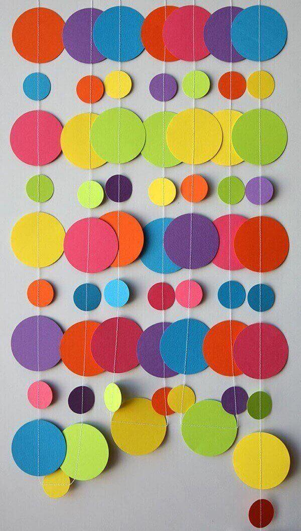 Decoração dia das crianças com papel para parede