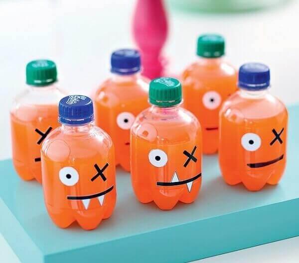Decoração dia das crianças garrafinhas de refrigerante