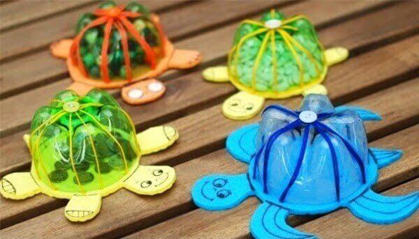 Decoração dia das crianças tartaruguinhas em garrafa pet