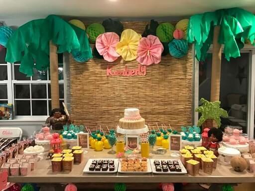 Festa Moema com coqueiros Foto de Pinterest