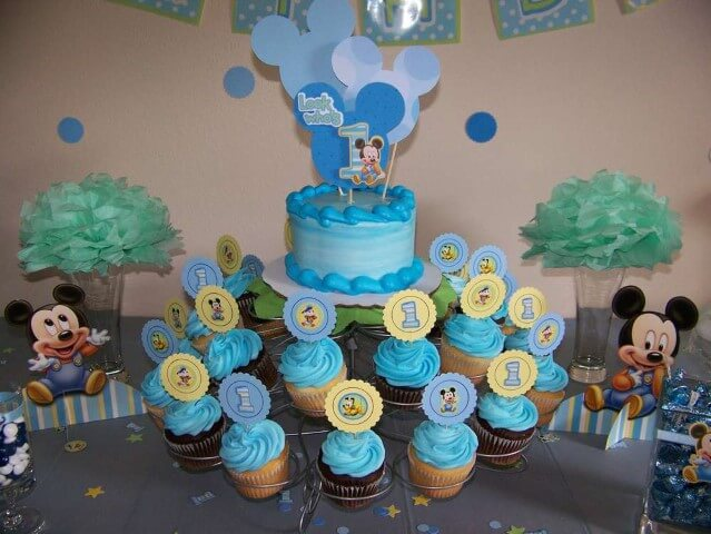 Lembrancinhas do Mickey como cupcake Foto de Criolla Kitchen
